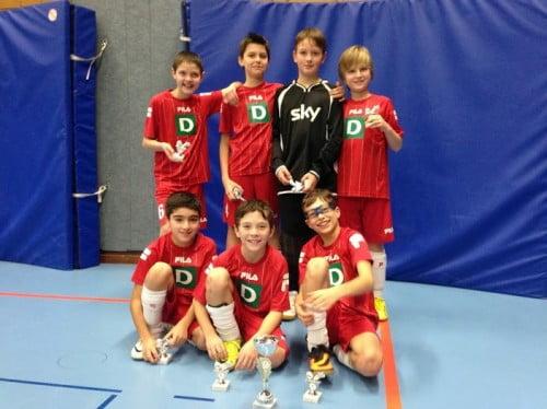 Sieger im kleinen Finale, v.l.n.r.: Jan, Silas, Tom, Max (hinten), Michael, David und Jannis.